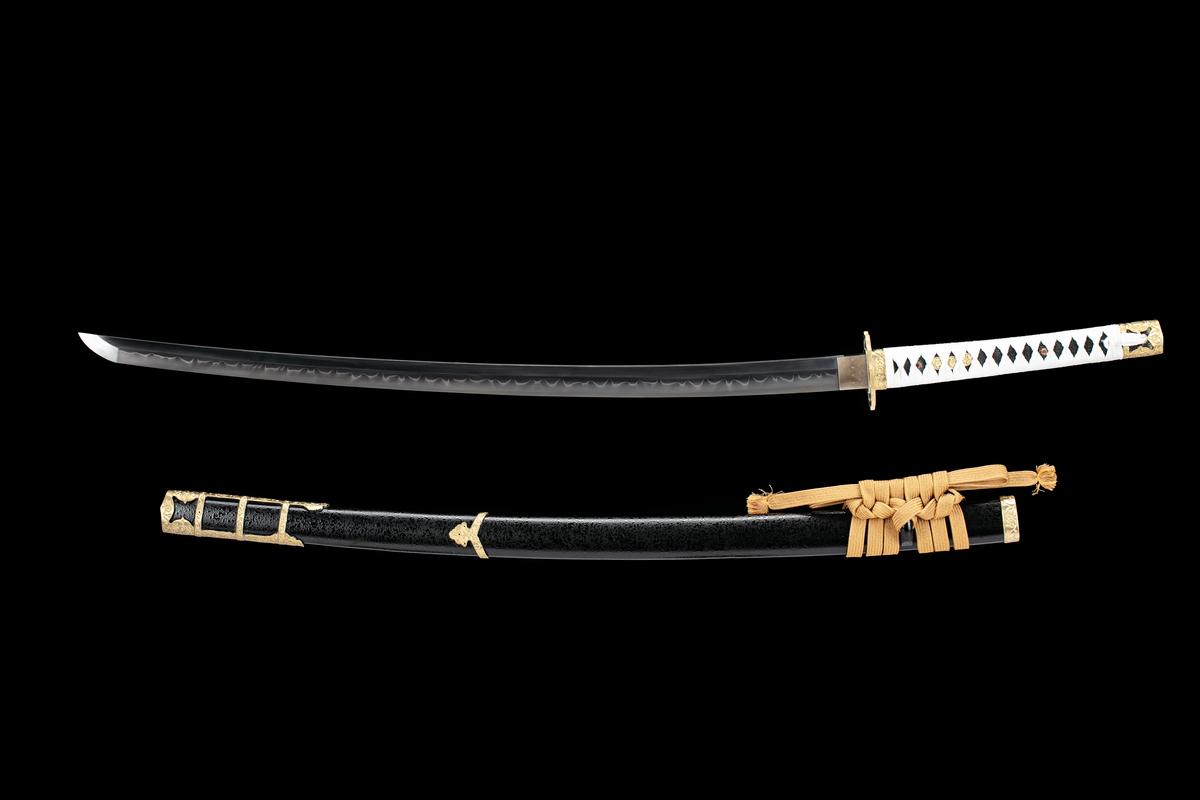 Clay Tempered Kobuse Folded Steel Japanese Samurai Tachi Katana Sword Full Tang Razor Sharp Blade